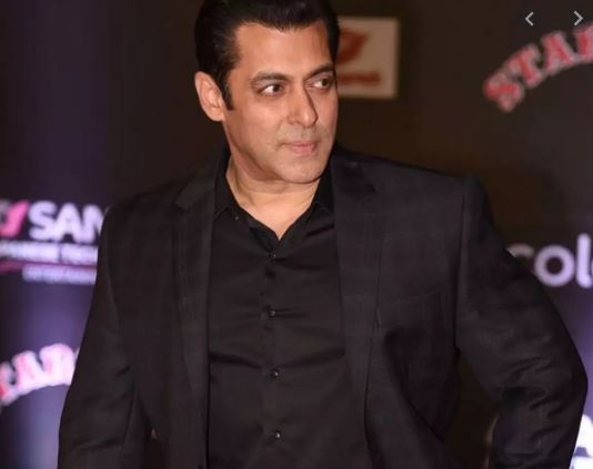 Salman Khan in old viral video: I will not go up and pick up a Filmfare or any stupid award