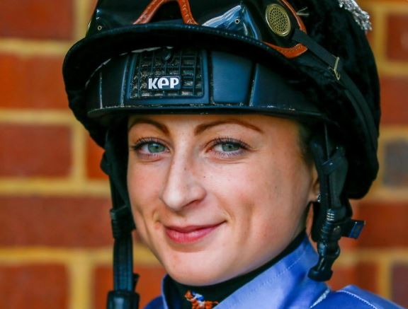 Saudi Arabia - Nicola Currie to be the first woman racer to participate in world's richest horse race, prize money Rs 143 crore