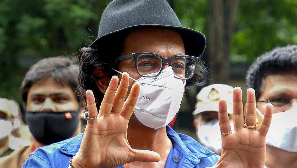 Sunil Grover returns to TV with Gangs of Filmistan.