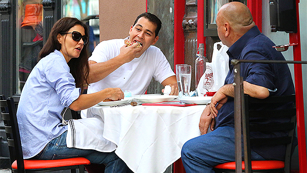 Katie Holmes Has Dinner With BF Emilio Vitolo Jr. & His Dad After Romantic NYC Stroll