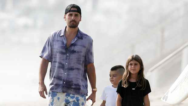 Scott Disick Enjoys A Special Day At The Beach With His Kids Penelope, 8, & Reign, 5 — Pics
