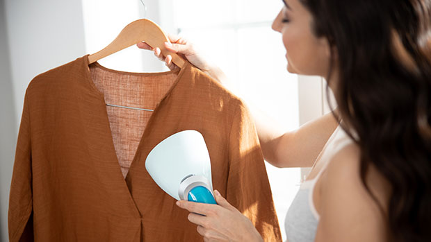 This Handheld Steamer Removes Wrinkles From Your Outfit In Seconds Before A Zoom Meeting & It's On Sale For $14