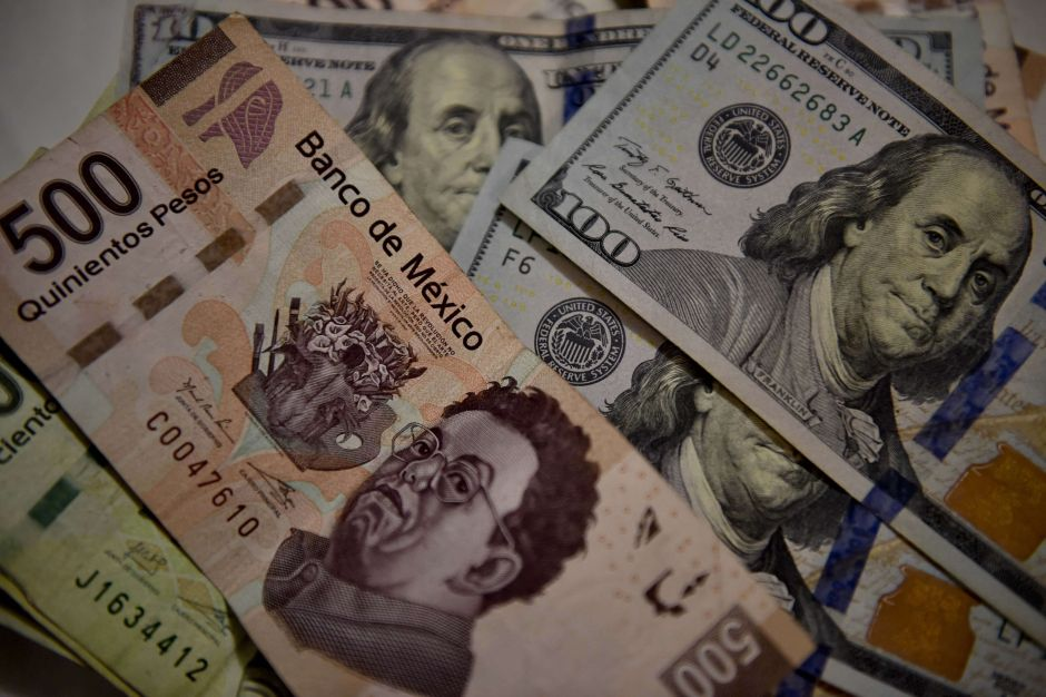 How much the dollar is selling for today in Mexico: The peso tries to stop the dive | The NY Journal
