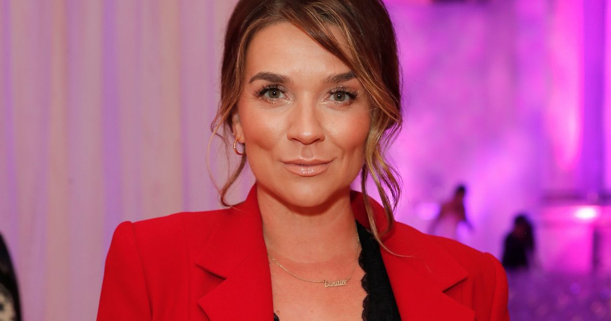 Bake Off's Candice Brown 'joins exclusive celebrity dating app to find new love'