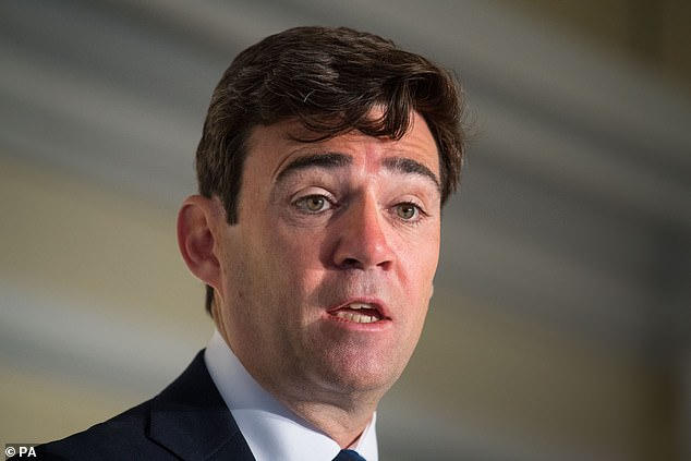 Manchester mayor Andy Burnham calls for 9pm alcohol sale curfew