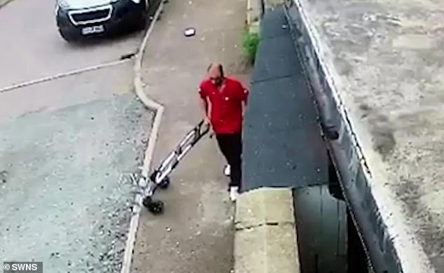 The delivery driver walks away after dropping the package.Jonathansaid DPD has ignored his pleas for help and he was forced to refund the buyer himself