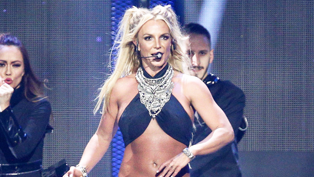Britney Spears Shows Fans What She 'Really Looks Like' In Gorgeous New Unfiltered Photos