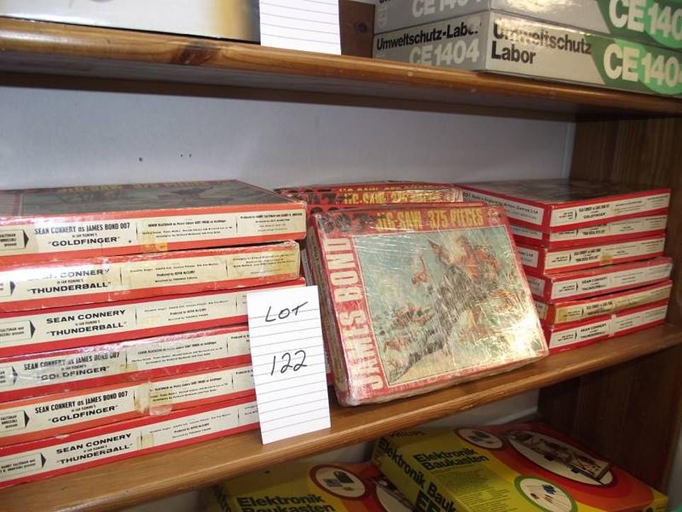 16 x 1960/70's James Bond jigsaw puzzles by Arrow Games, completeness unknown, sold as seen. They come with a £12 starting price