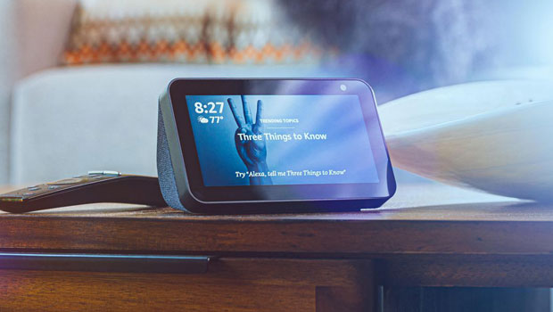 This Smart Display Device Is The Best Way To Stay Connected To Friends & Family During Quarantine