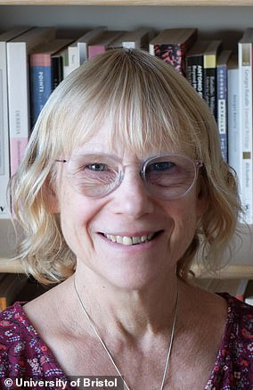 Professor Lucy Yardley works as a professor of health psychology at both the University of Bristol and the University of Southampton