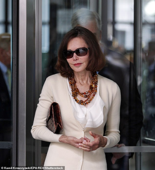 The London journalistic scene which Barbara (pictured) adorned in the 1990s was rakish and commercially successful