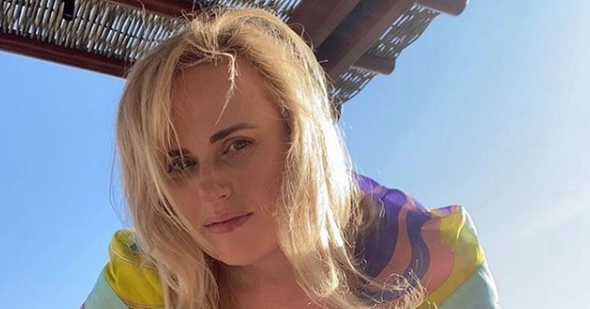 Rebel Wilson dubbed a 'skinny legend' as slim star stuns in plunging swimsuit