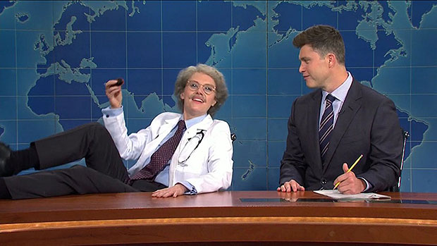 Kate McKinnon Breaks Character As 'Dr. Wayne Wenodis' & Freaks Out Over Trump's Coronavirus On 'SNL'