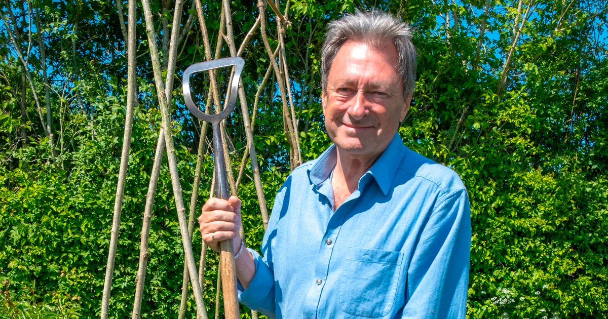Alan Titchmarsh lifts lid on secret health battle after 60 years of gardening