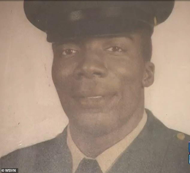 Paramedics said they were honored to mow Pinkney's lawn after learning that he served in the military as a missile technician during the Vietnam War