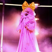 BBMAs hottest looks from Sia's magenta bow dress to Kelly Clarkson's sparkles