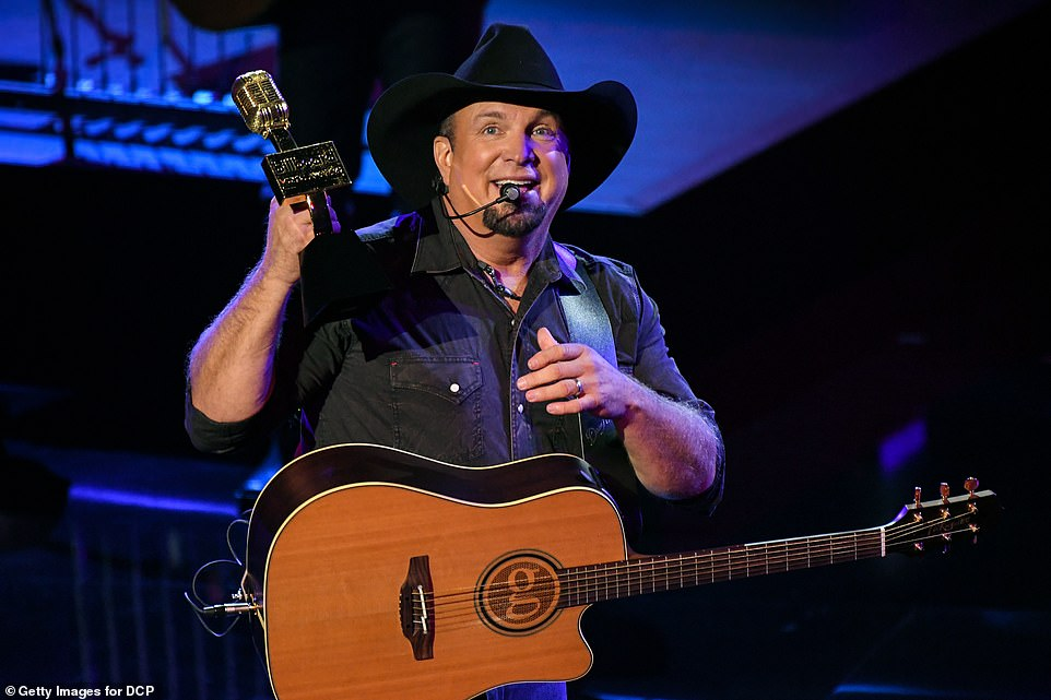 Country strong! Garth Brooks accepted the Icon Award from Cher