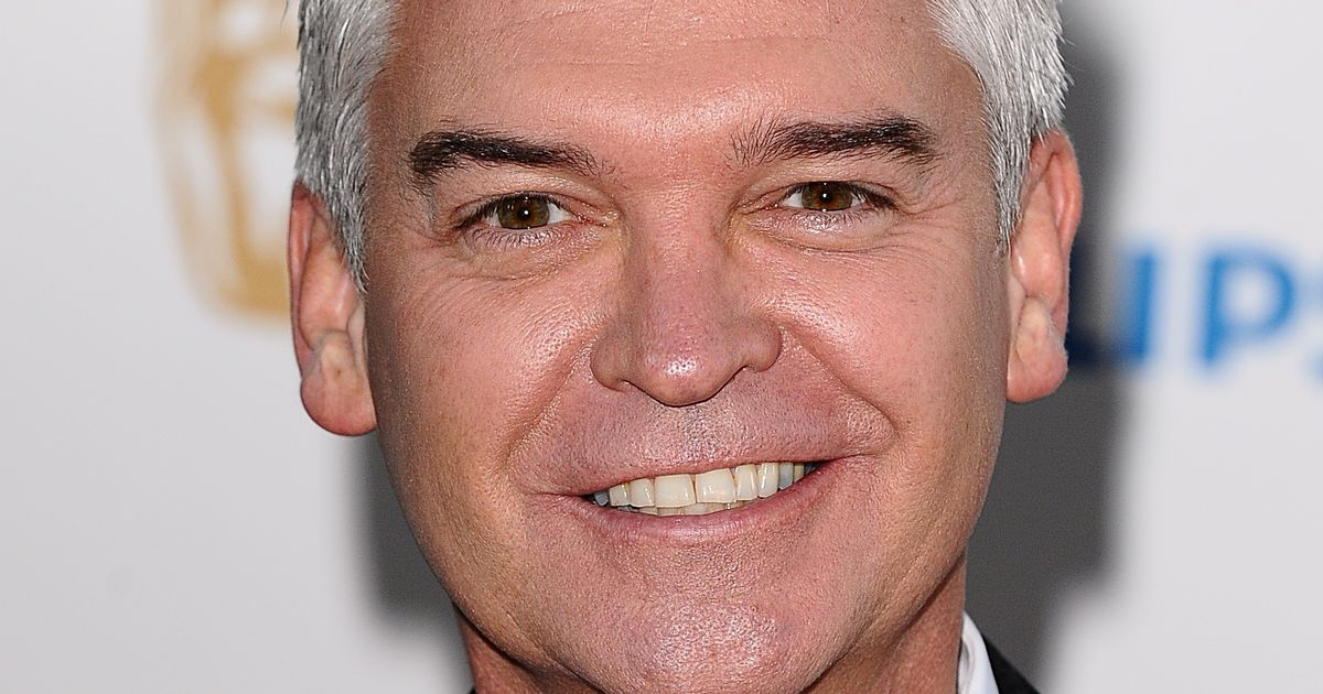 Phillip Schofield offered paramedic job after Government app suggests he retrain