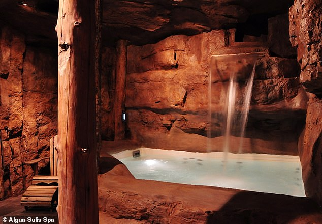 The area is known for its various relaxing Nordic spas which offer privacy indoors or the option of outdoor views