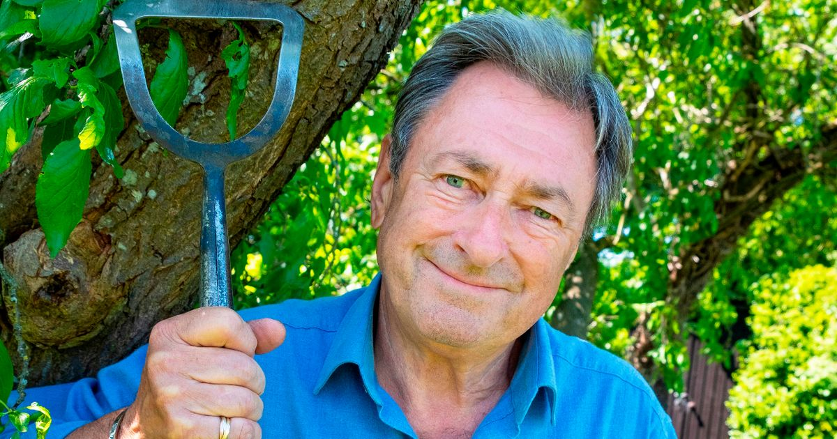 Alan Titchmarsh left in utter agony after breaking his ankle while gardening