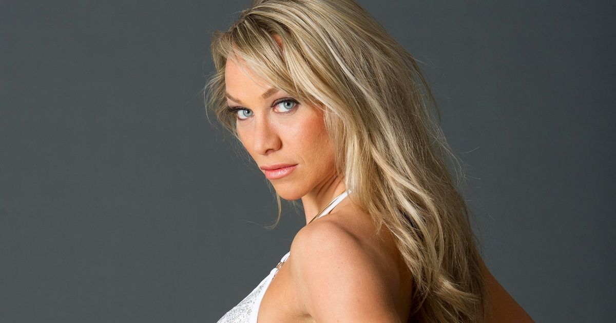 Chloe Madeley strips to lingerie to slam jibe she 'built career on airbrushing'