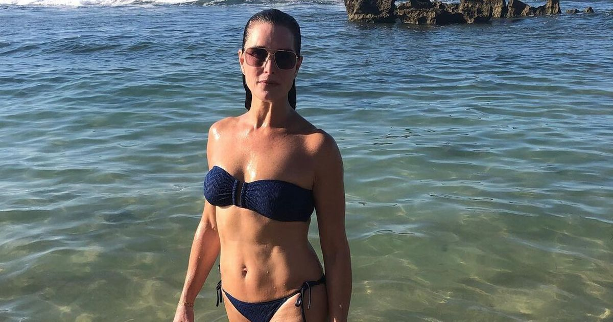 Brooke Shields says her daughters taught her how to love her 'curvy' bikini body