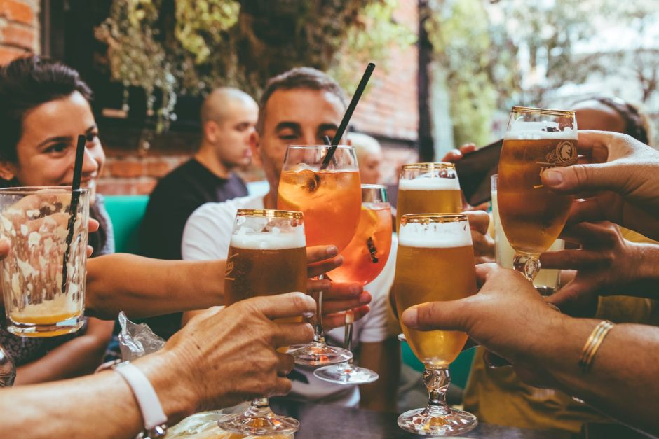 How much alcohol to drink to end up affecting male fertility | The NY Journal