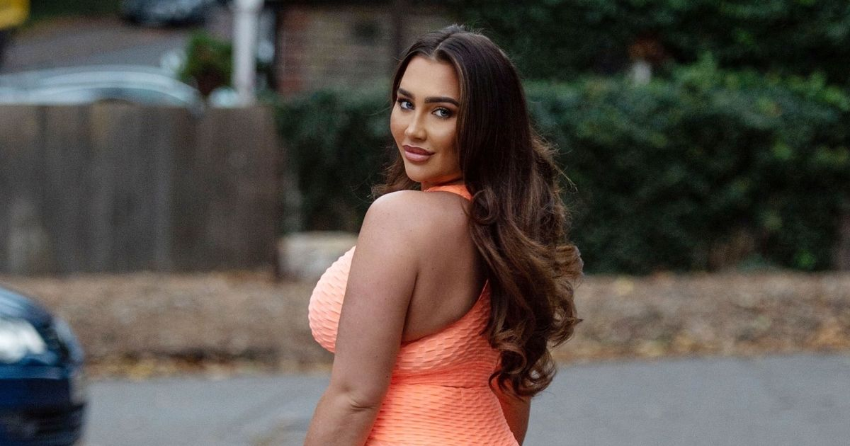 Lauren Goodger parades famous curves as romance with beau Charles Drury heats up
