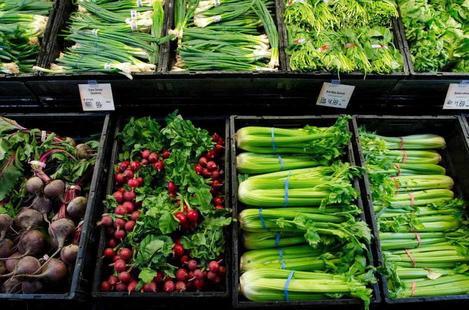 6 reasons why you should eat more celery: say goodbye to those extra pounds | The NY Journal