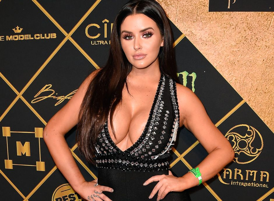 Abigail Ratchford, the queen of Instagram, returns wet and with a tiny bikini   The NY Journal