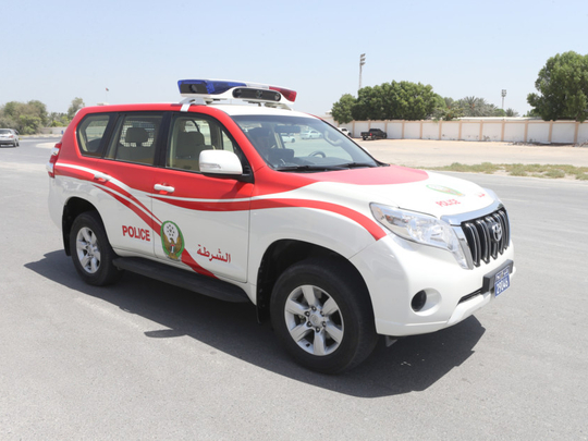 Ajman policeman comes to the aid to man who wants to have COVID-19 test