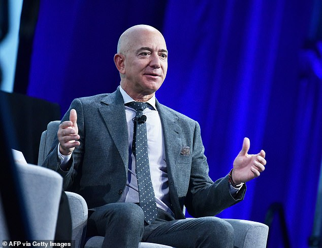 Billionaire Amazon CEO Jeff Bezos is interesting in buying CNN, investment sources say