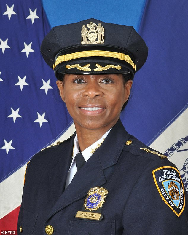Black female cop Juanita Holmes is named NYPD's new Chief of Patrol