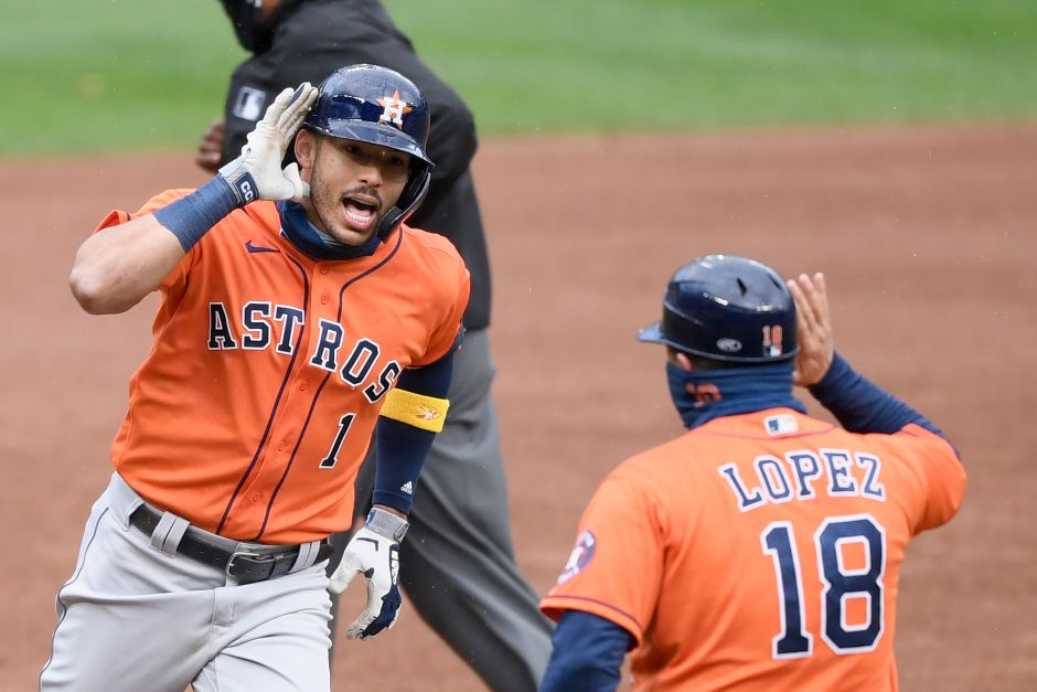 Carlos Correa sends provocative message to those who accused the Astros of signal theft | The NY Journal