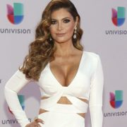 "Chiquinquirá Delgado boasts her voluptuous rear at 48 years old and with an eighties ""look"" 