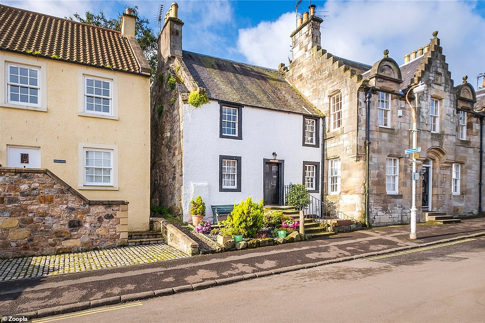 Cottage in picturesque Scottish village which featured in Outlander goes on sale for £325,000