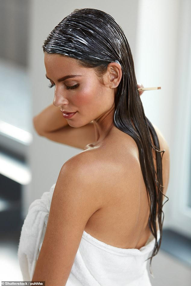 Elsa McAlonan's Beauty Upgrades: How to hydrate hair damaged in cold weather