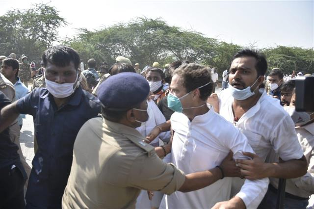 FIR against Rahul, Priyanka, 200 other Congress workers in Noida
