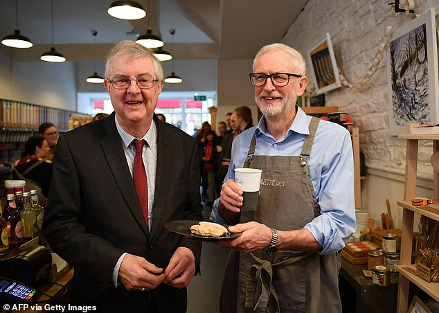 First Minister Mark Drakeford with former Labour leader Jeremy Corbyn in Barry, South Wales, in 2019