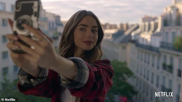 French public (unlike critics) love the new Netflix series Emily in Paris