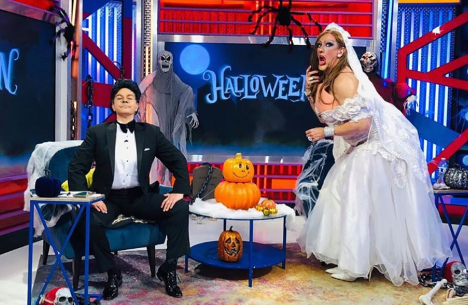 Javier Ceriani dresses up as Ninel Conde and Elisa Beristain as Larry Ramos on Halloween | The NY Journal