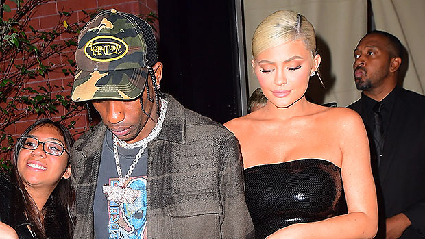 Kylie Jenner & Travis Scott Trying To Keep 'Relationship Status Under Wraps': 'They Love Each Other'