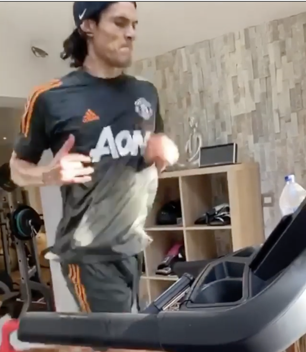 The Uruguayan, who joined United on deadline day as a free agent, wore the training kit for a session on the treadmill