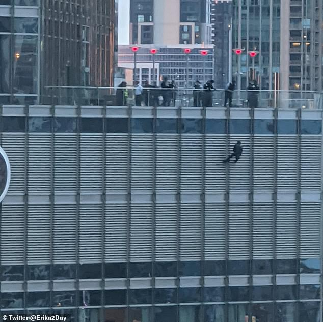 Man 'dangles from rope off 16th floor of Trump Tower in Chicago'