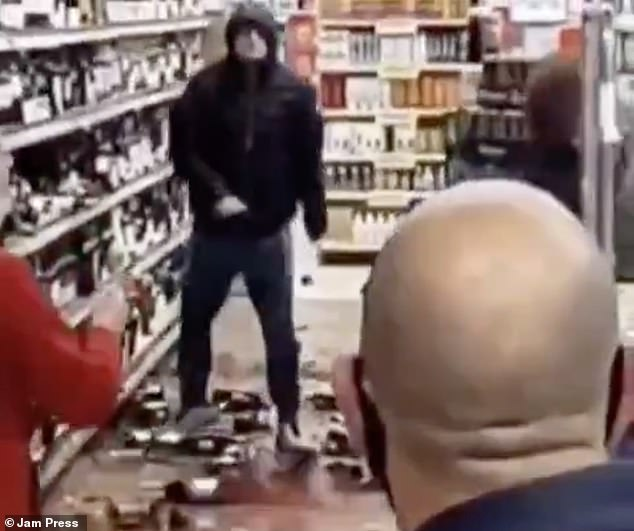 Man smashes bottles from Tesco booze aisle after being asked to wear a mask in the Drogheda store