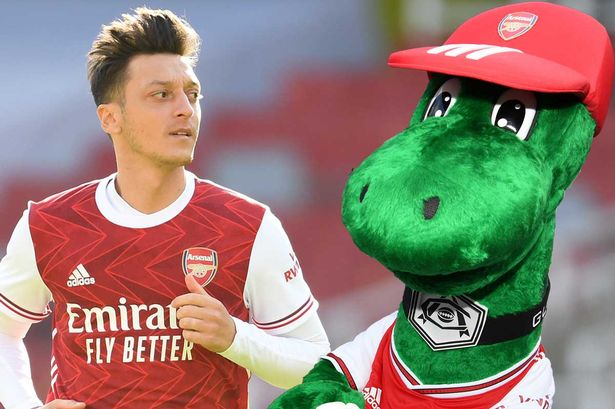 Ozil offers to pay Gunnersaurus' wages so he can keep mascot job at Arsenal