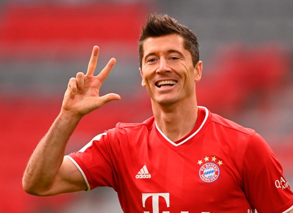 Real crack hat-trick: Robert Lewandowski scored with his left foot, right and head | The NY Journal
