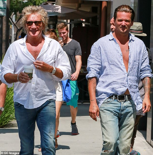 Rod Stewart expects to avoid trial for 'punching security guard'