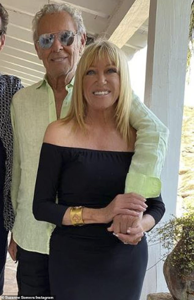 Suzanne Somers, 73, beams in post-surgery photo as she says she is 'on the mend'