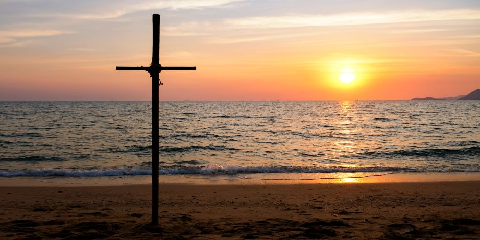Teen dies in christening ceremony on the beach | The NY Journal